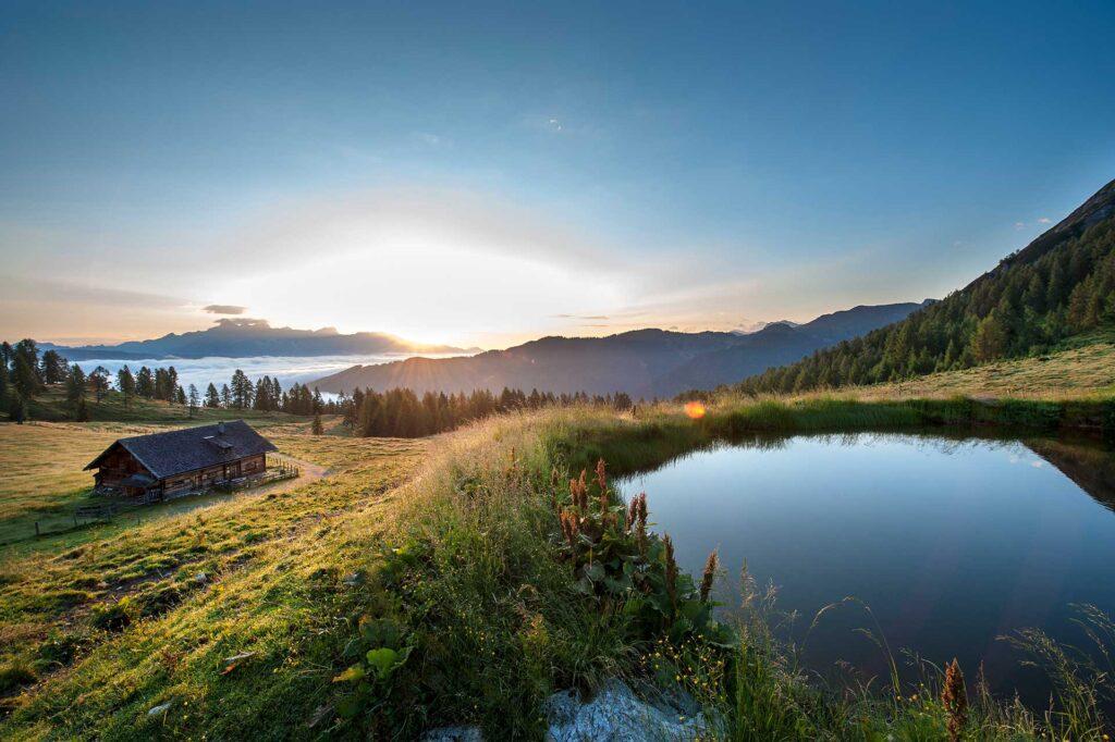 Sonnenaufgang auf der Lackenalm in Zauchensee